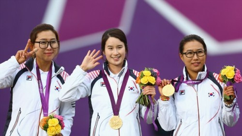 Choi Hyeonju, Ki Bo Bae and Lee Sung Jin