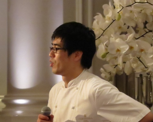 Chef Kim explains his menu to the guests