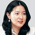 Thumbnail for post: Many hearts broken: Lee Young-ae married