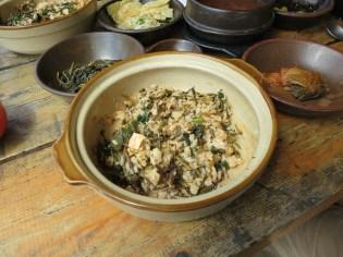 Vegetarian bibimbap - after mixing