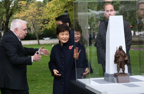 At the groundbreaking ceremony for the new Korean War memorial, with Prince William (photo: Blue House)