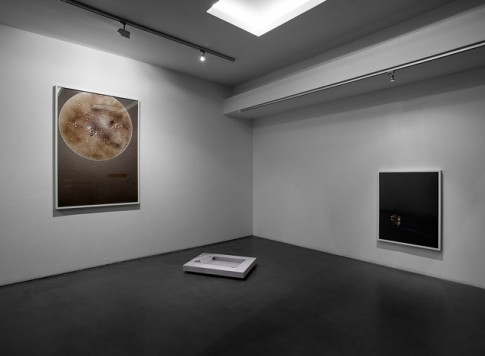 Chung Heeseung: on left, Untitled, 2013