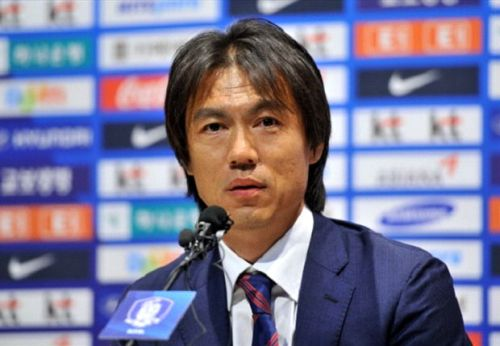 The legendary manager, Hong Myung-bo