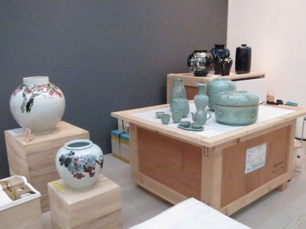 The more traditional ceramics at Gallery LVS (photo: LKL)