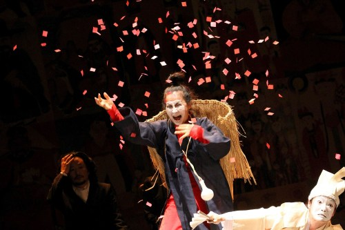 Yohangza's production of Hamlet at the Peacock Theatre