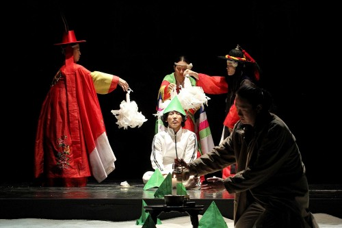 Featured image for post: Report from the KCC Artist Talk: Shakespeare interpretations in East Asia