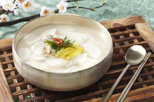Tteokguk: traditional food for the Lunar New Year