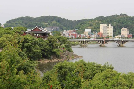 The Chokseongnu Pavilion and the Namgang River. Just on the water's edge is the Righteous Rock where Nongae killed herself and the Japanese general