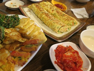Ideal side dishes for makgeolli