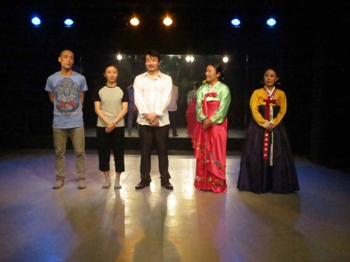 The performers at Yi Chul-jin's theatre