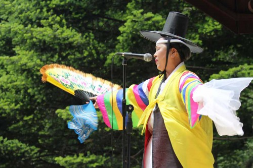 Featured image for post: 2015 Travel Diary day 4: the Danoje rituals on Daegwallyeong ridge