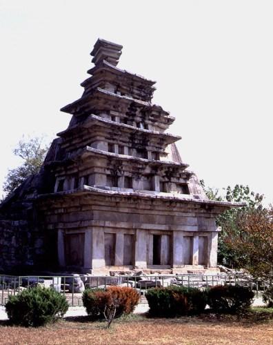 The stone pagoda at Mireuksa Temple Site, Iksan (National Treasure #11)