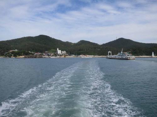 Leaving Ttangkkeut harbour