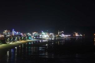 Mallipo seafront at night