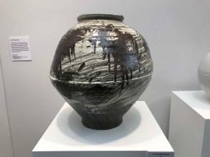 Lee Soo-jong: moon vase, at KCDF in the Saatchi Gallery