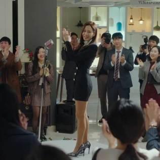 Yoon Seri wears Balmain
