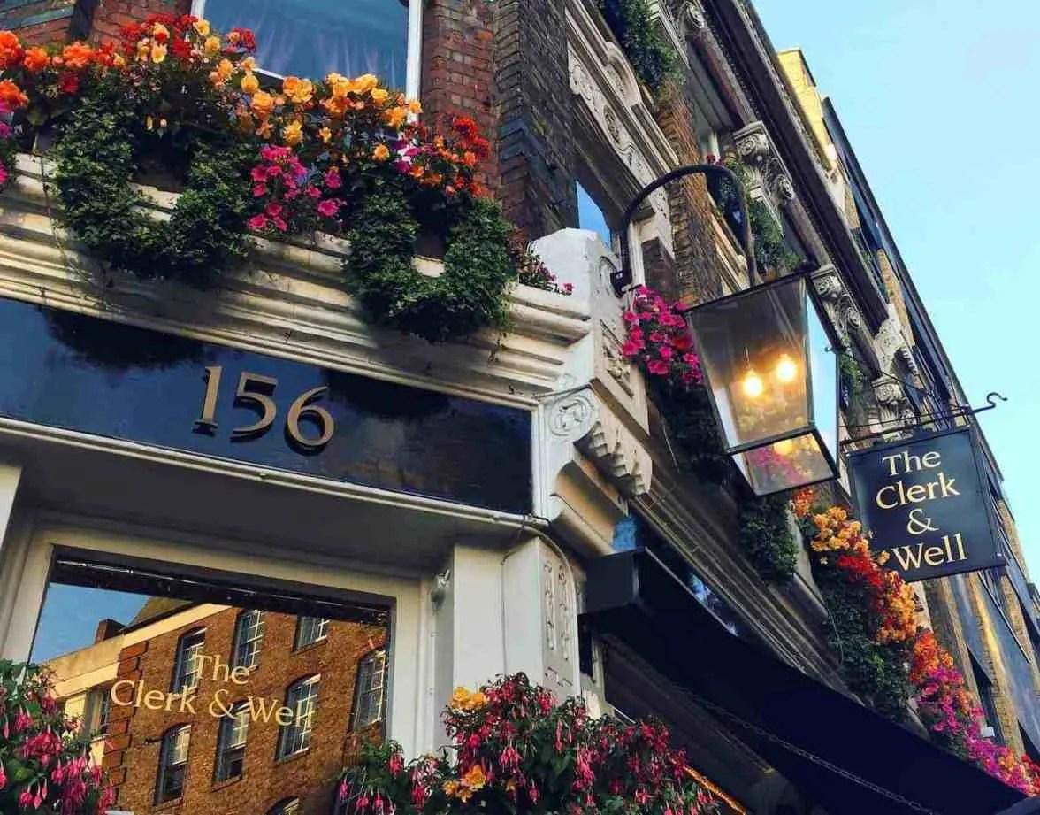 Clerk & Well Pub