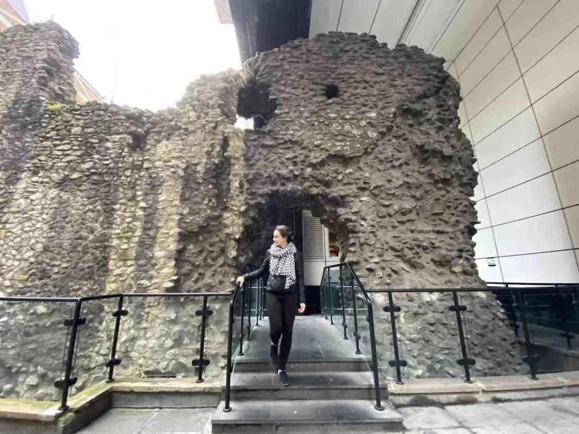 V at the London Wall