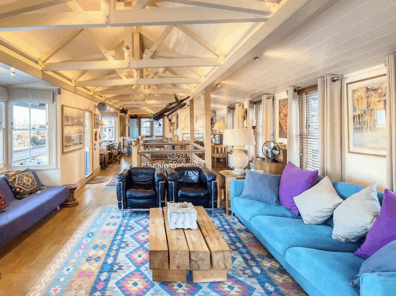 London Houseboats - The Harpy Houseboat