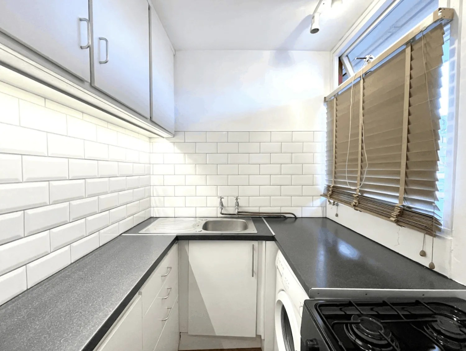 Budget London Airbnbs - The Chamberlain
