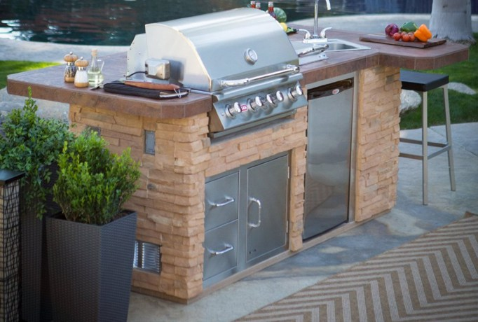London outdoor kitchens for Cheap kitchen ideas uk