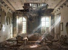 chateau-ruins_matthew-emmett
