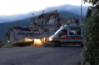 A destroyed house is seen following a quake in Amatrice, central Italy, August 24, 2016. REUTERS/Emiliano Grillotti