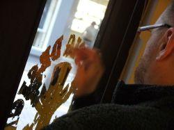 Nick Garrett Gilding on Glass NGS London signwriting 3