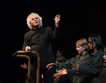 https://i1.wp.com/londonsymphony.wpengine.com/wp-content/uploads/2017/01/T12-Sir-Simon-Rattle-with-LSO-LSO-Discovery-Hugh-Glendigging-360x280.jpg?resize=360%2C280