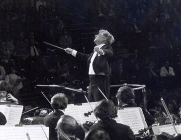 https://i1.wp.com/londonsymphony.wpengine.com/wp-content/uploads/2017/01/T26-Bernstein-LSO-Archive-360x280.jpg?resize=360%2C280&ssl=1