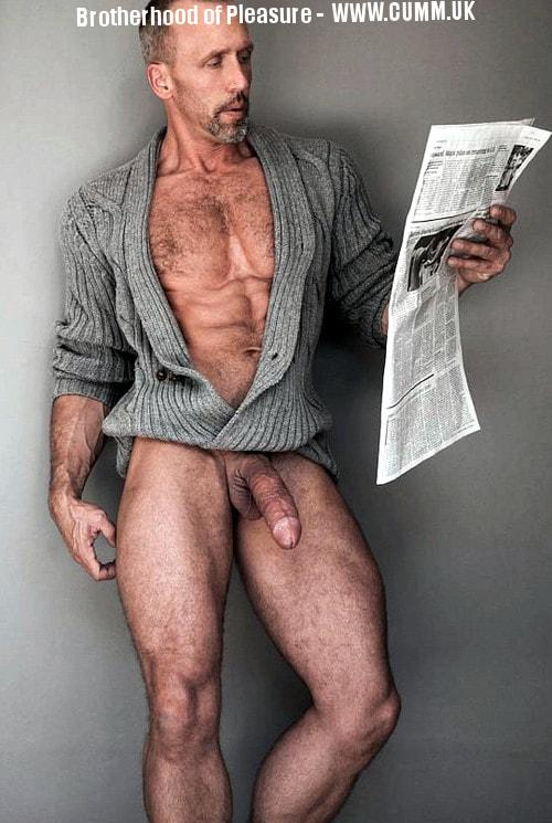 wanking using broadsheet newspapers