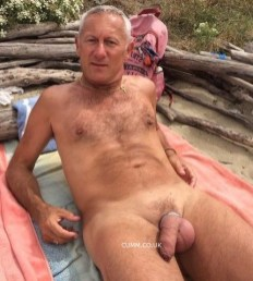 inches mag big soft daddy dick in public beach