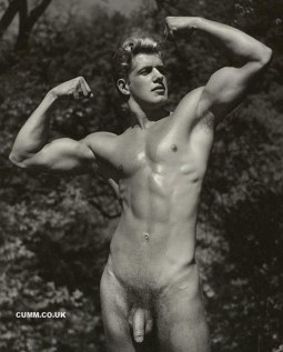 vinatge gay muscle young man Bob Delmonteque 007