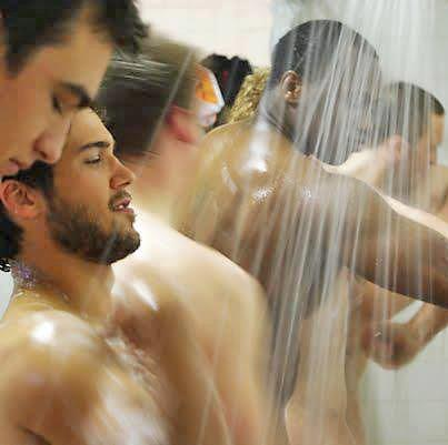male-intimacy-shower