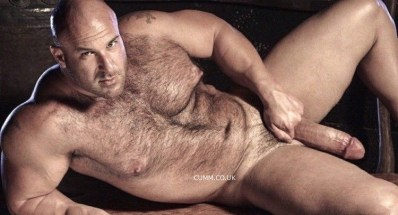 quality-cock-muscle-hairy-dutch-bear