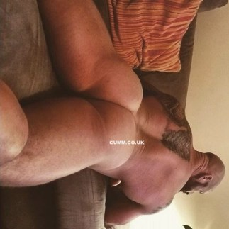 phat-arse-muscle-daddy