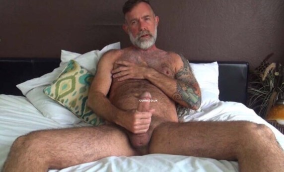 Naked-Old-Men-With-Huge-Cocks-5
