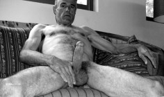 over-50-vintage-hung-man-senior