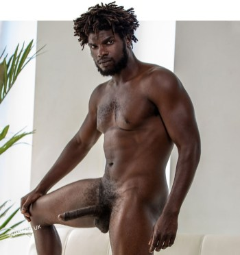 solosexual edge devin-trez-noirmale-black-gay-porn-star