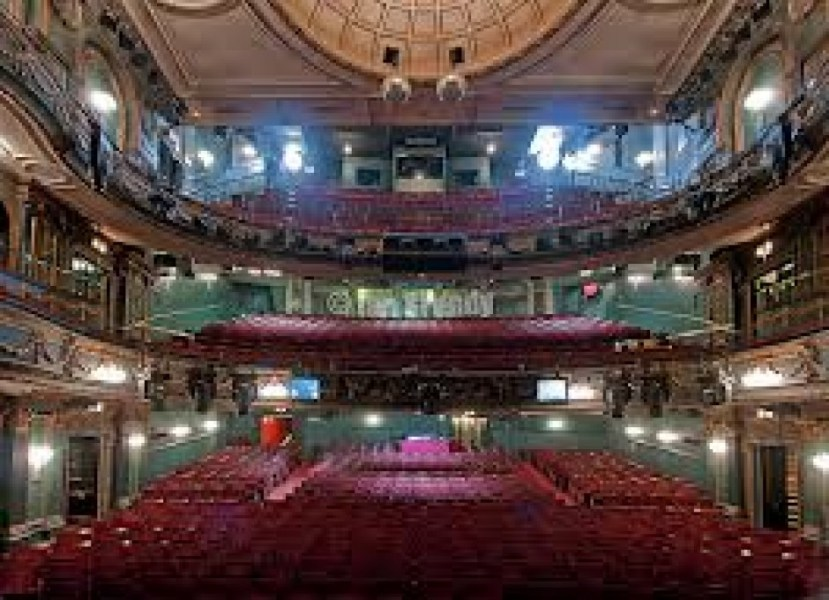 Phantom Of The Beware Terrible View From Normal Price Balcony Seats Opera Her Majesty S Theatre Novello Picture London