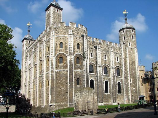 800px-Tower_of_London_White_Tower