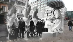 Turkeys are auctioned at Smithfield meat market for Christmas trade on December 21, 1968