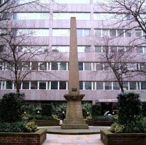 Obelisk to Alderman Waithman in Salisbury Square