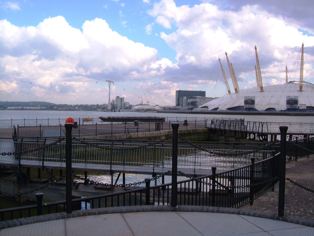 The shorter lock from the Thames into the East India Dock Basin