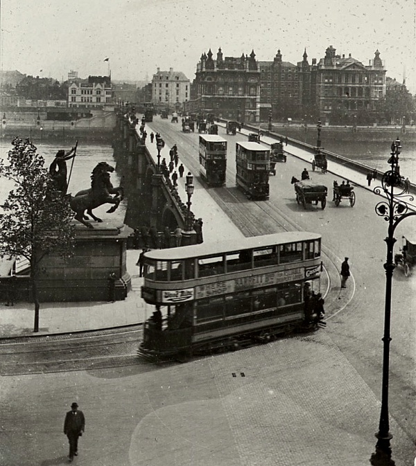 Westminster Bridge, 1900