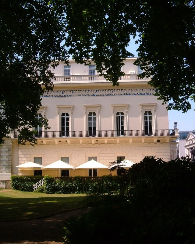 The Athenaeum Club overlooking its gardens