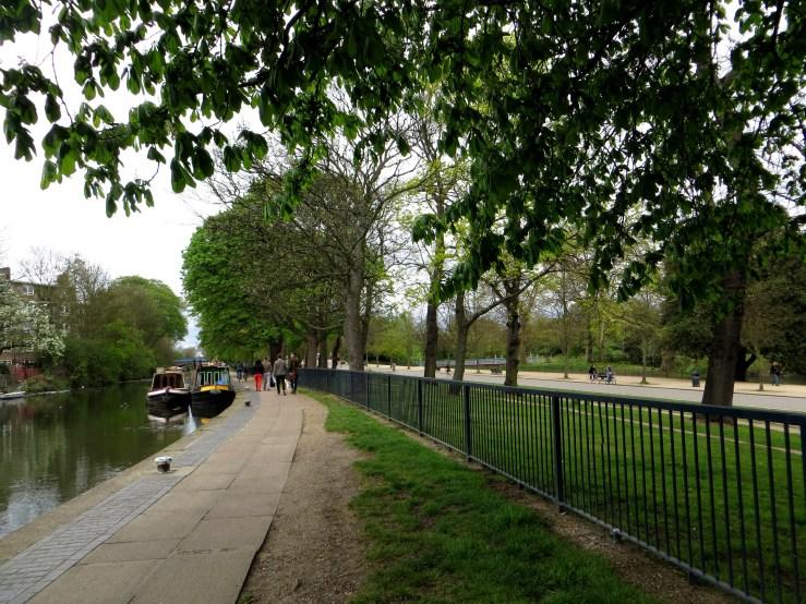 The Regent's Canal besides Victoria Park