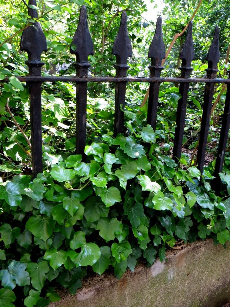 Wilmington Square original railings