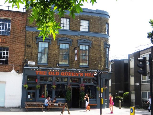 The Queen's Head Pub