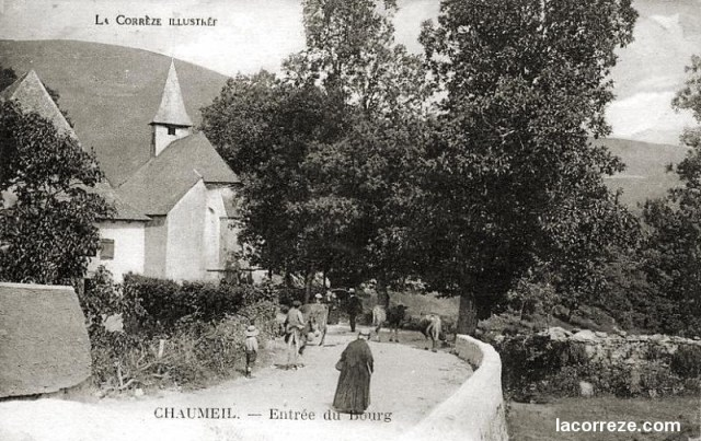 Chaumeil, entrance to the village, c.1900